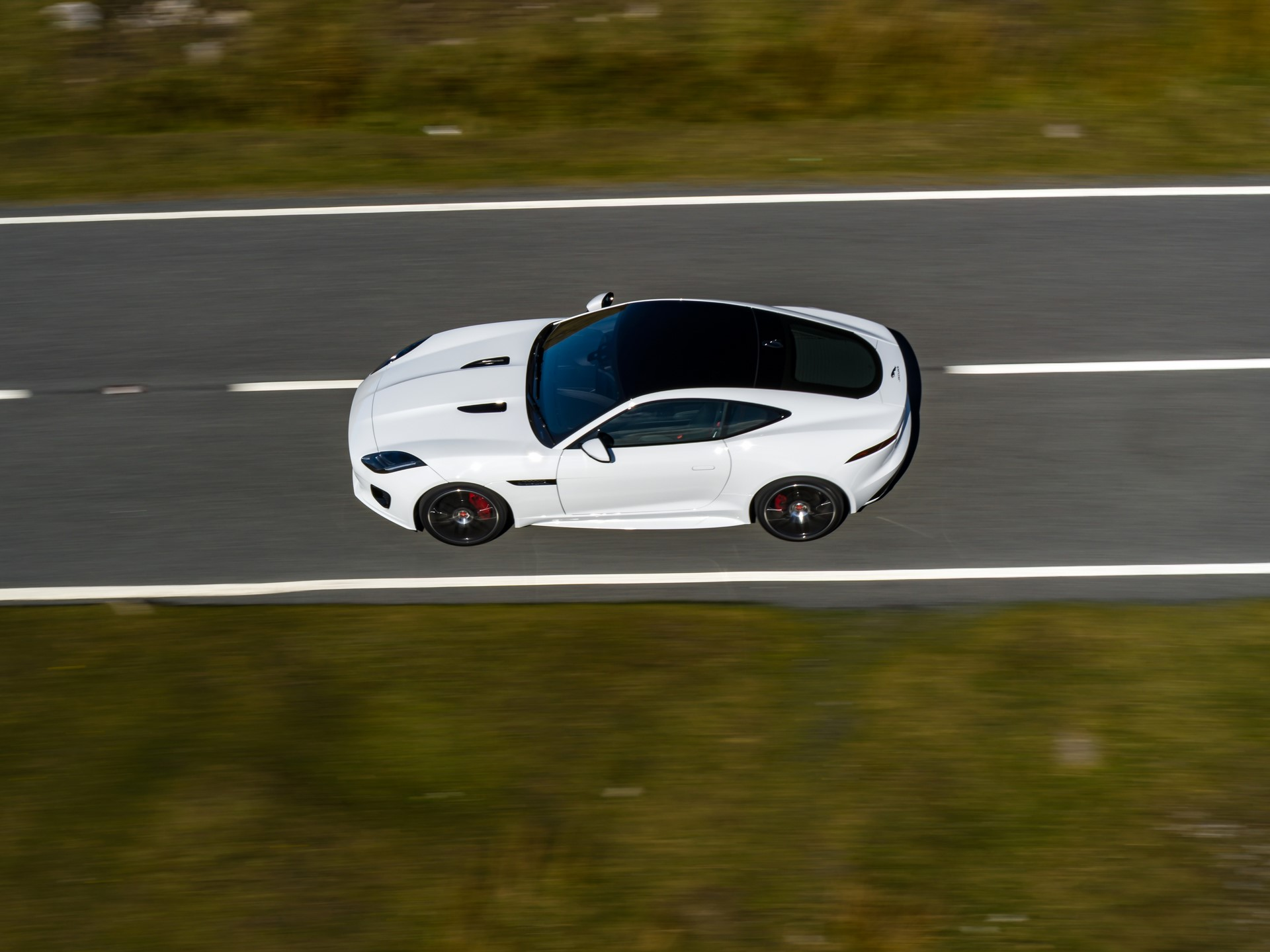 Jaguar F-Type Checkered Flag Limited Edition (11)