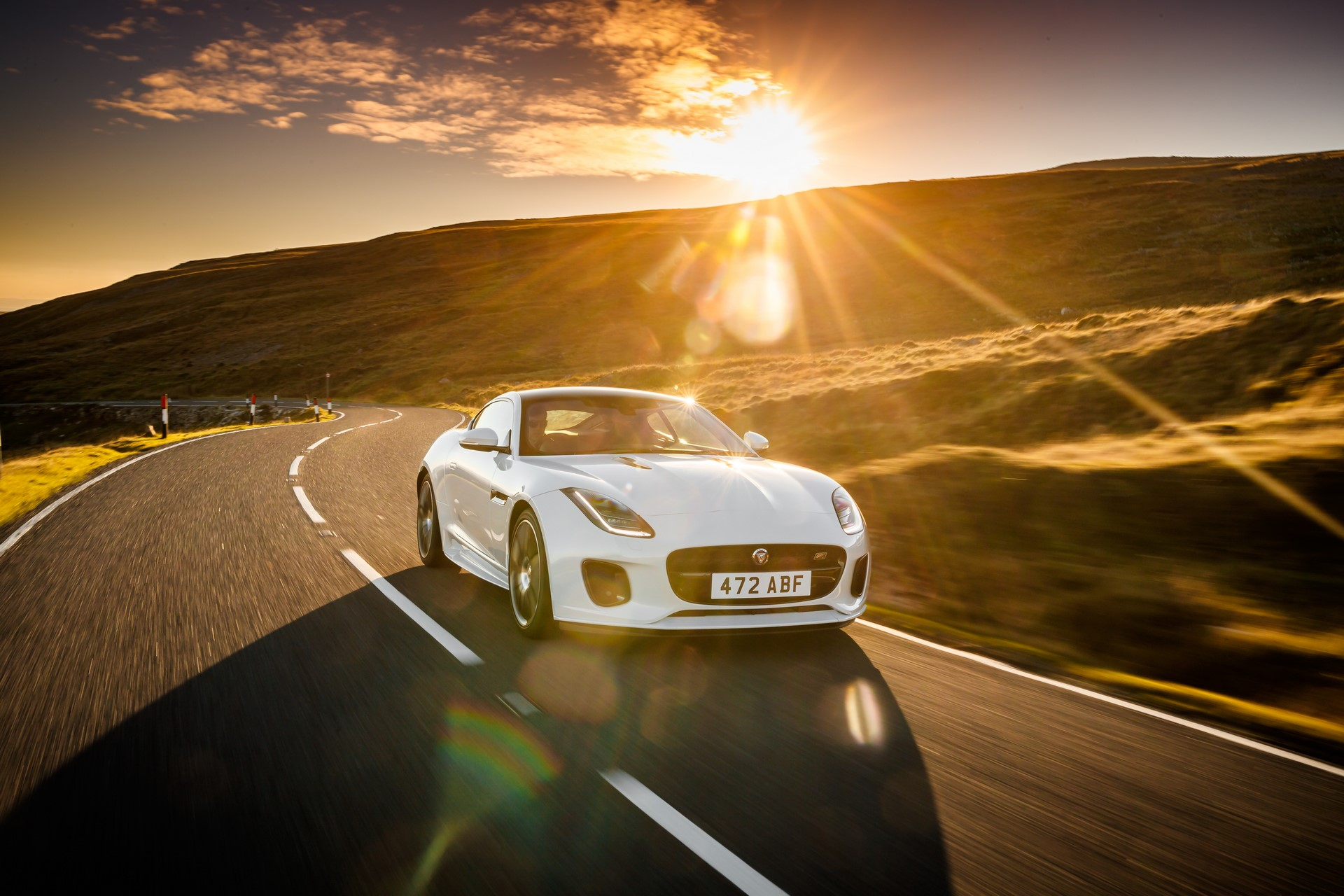 Jaguar F-Type Checkered Flag Limited Edition (4)