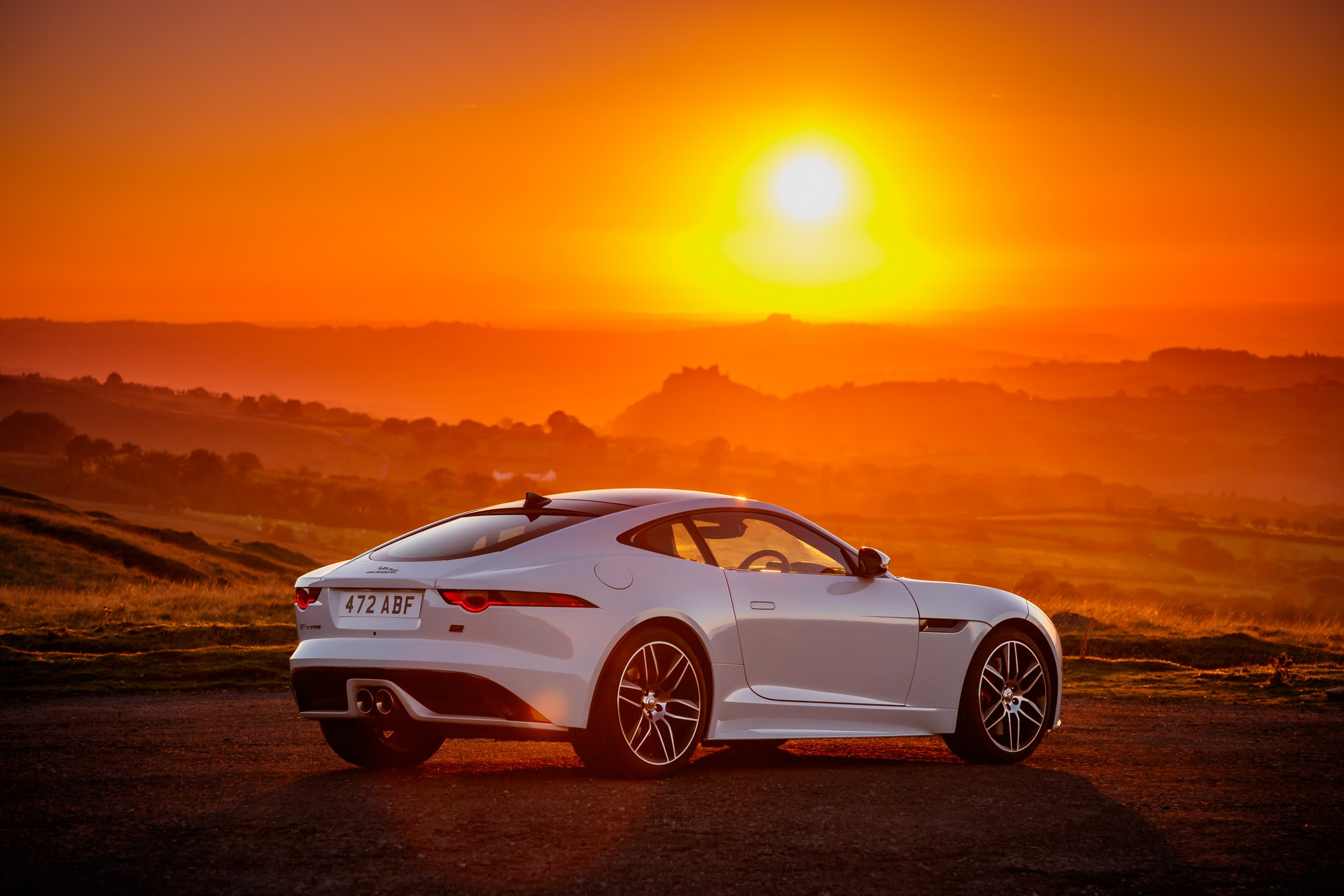 Jaguar F-Type Checkered Flag Limited Edition (9)