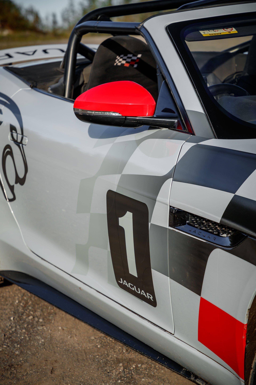 Jaguar F-Type Convertible Rally (15)