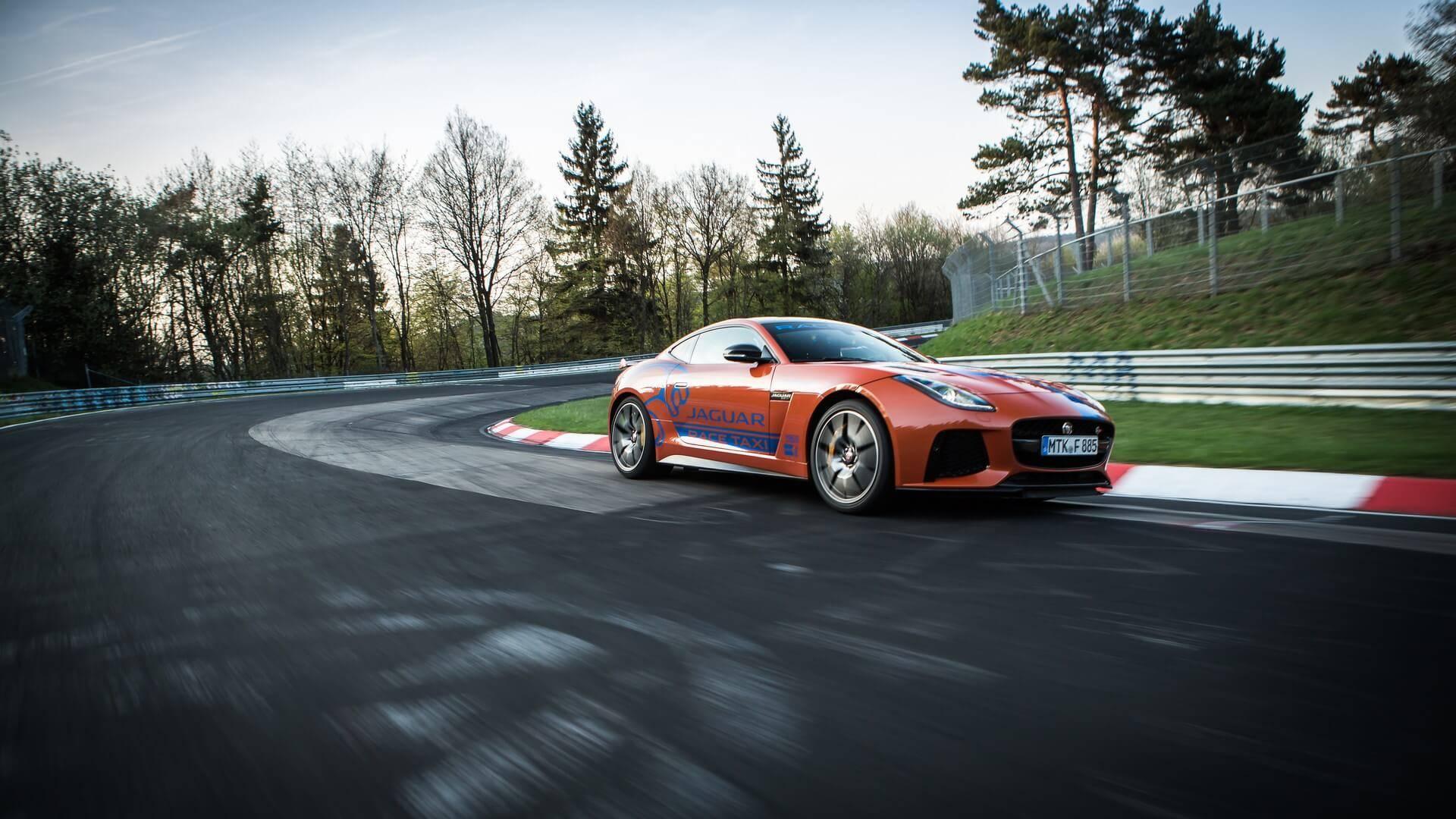 Jaguar_Nurburgring_taxi_0000