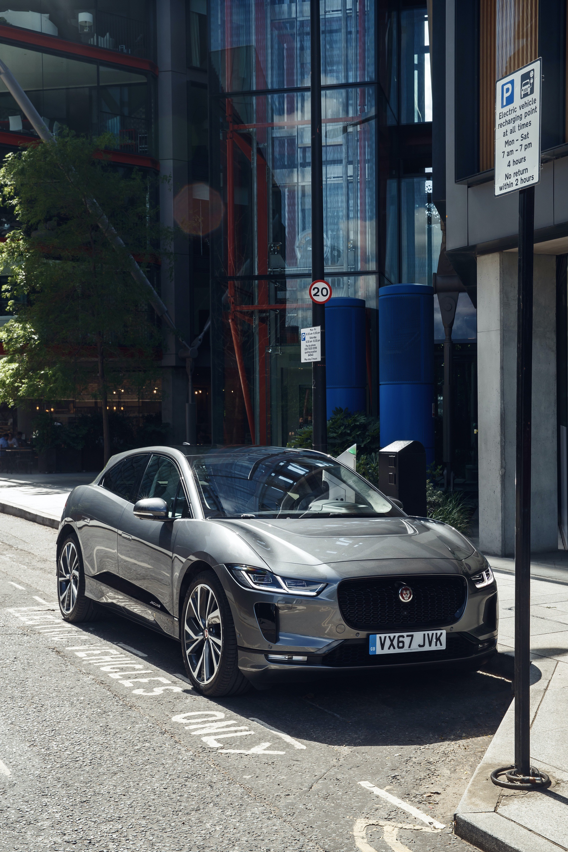 Jaguar_I-Pace_London_to_Brussels_0000