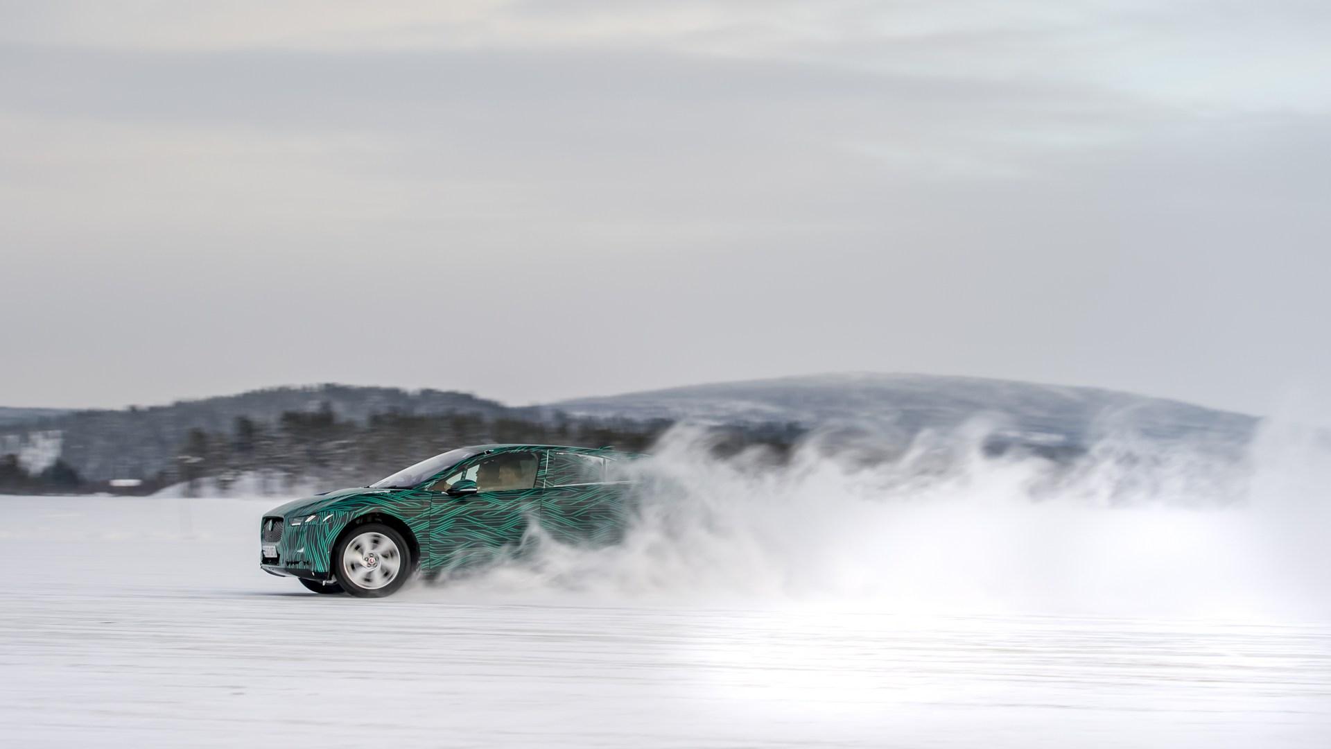Jaguar-I-Pace-11