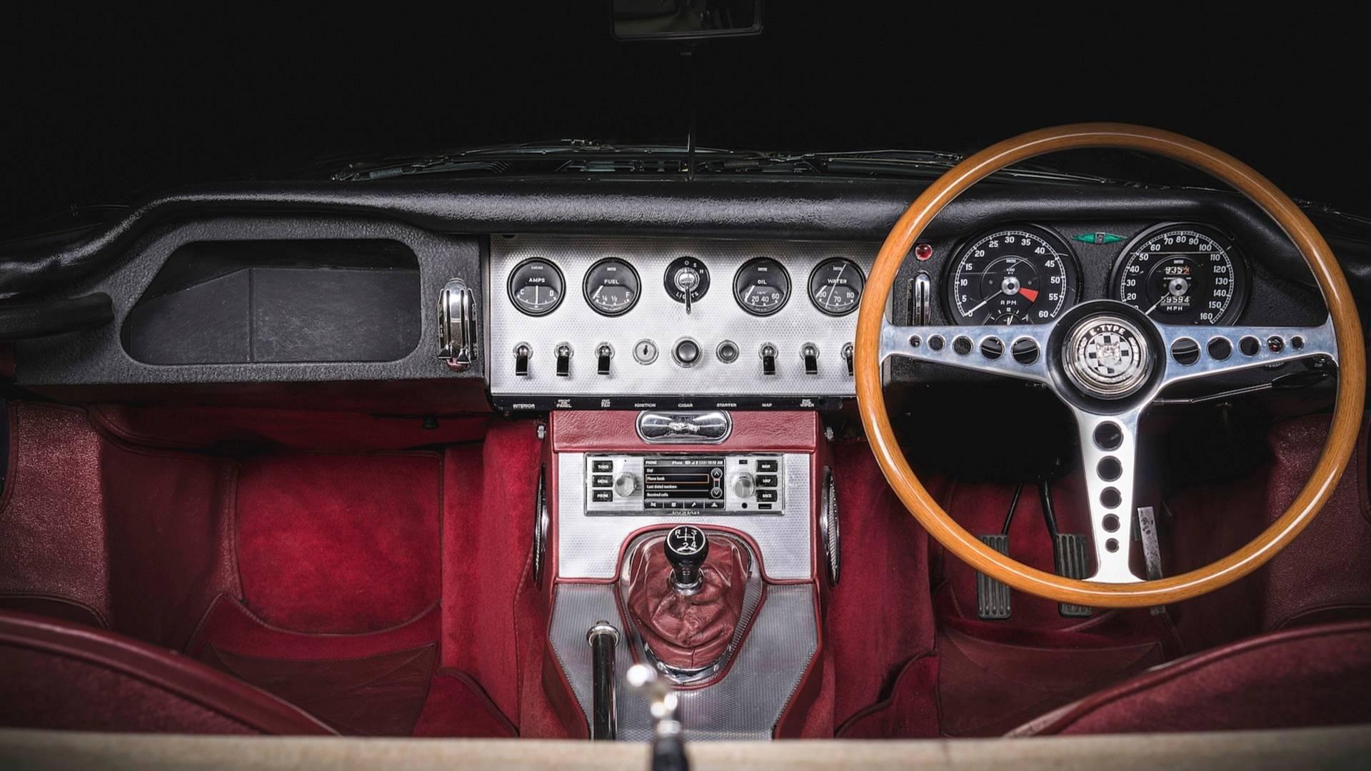 jaguar-land-rover-classic-infotainment-system (1)