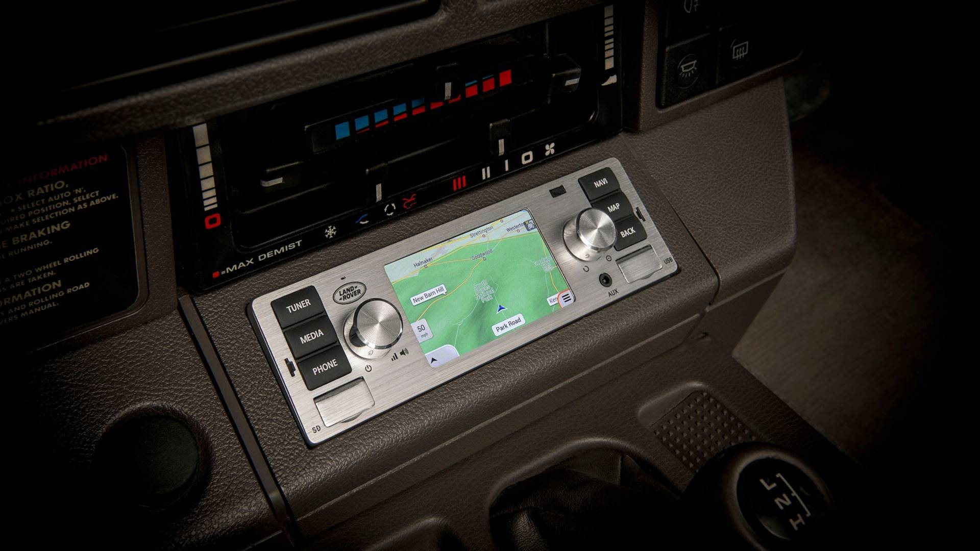 jaguar-land-rover-classic-infotainment-system