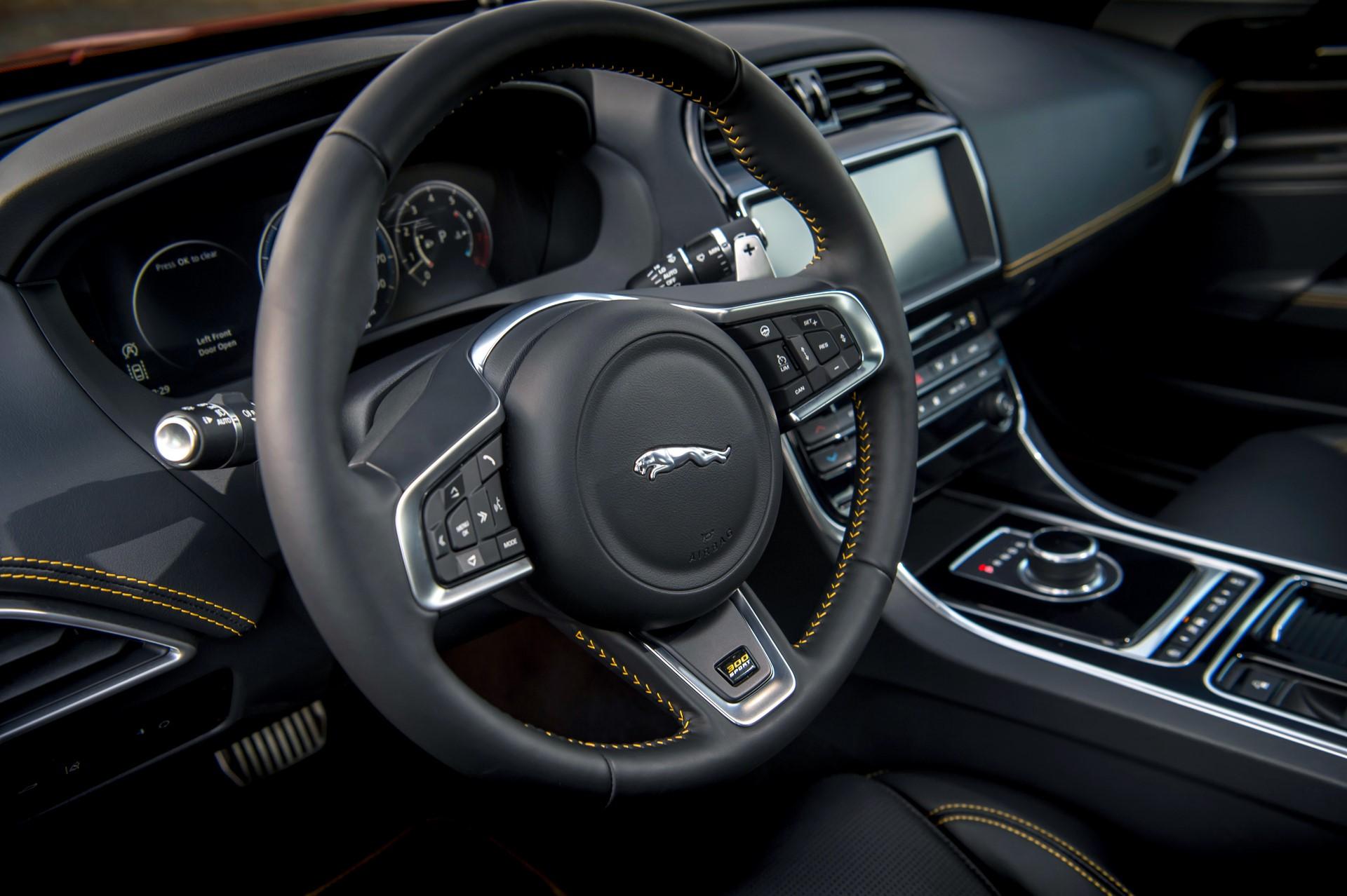 Jaguar XE and XF 300 Sport 2019 (15)