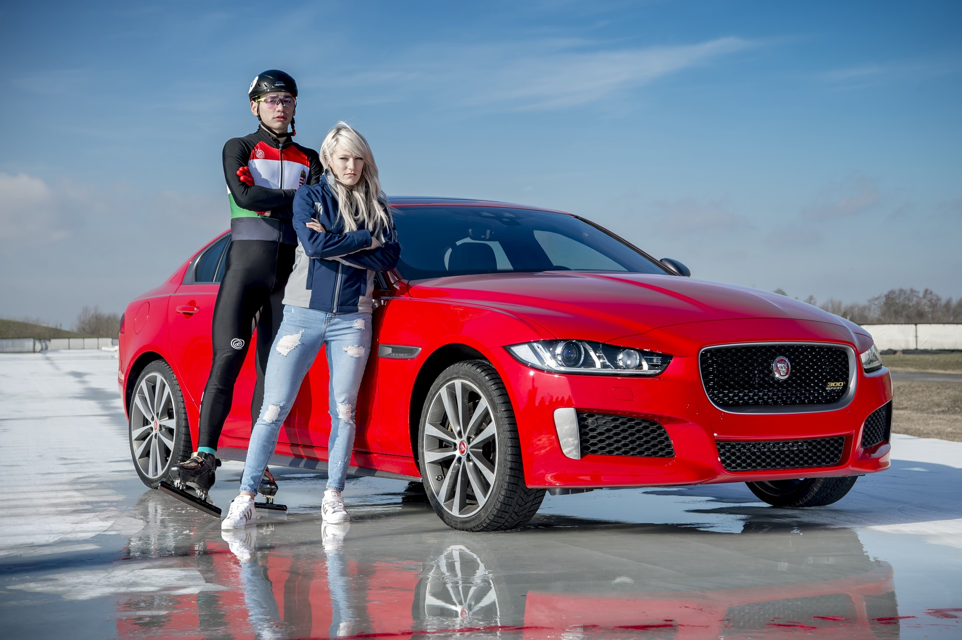 Jaguar XE and XF 300 Sport 2019 (20)