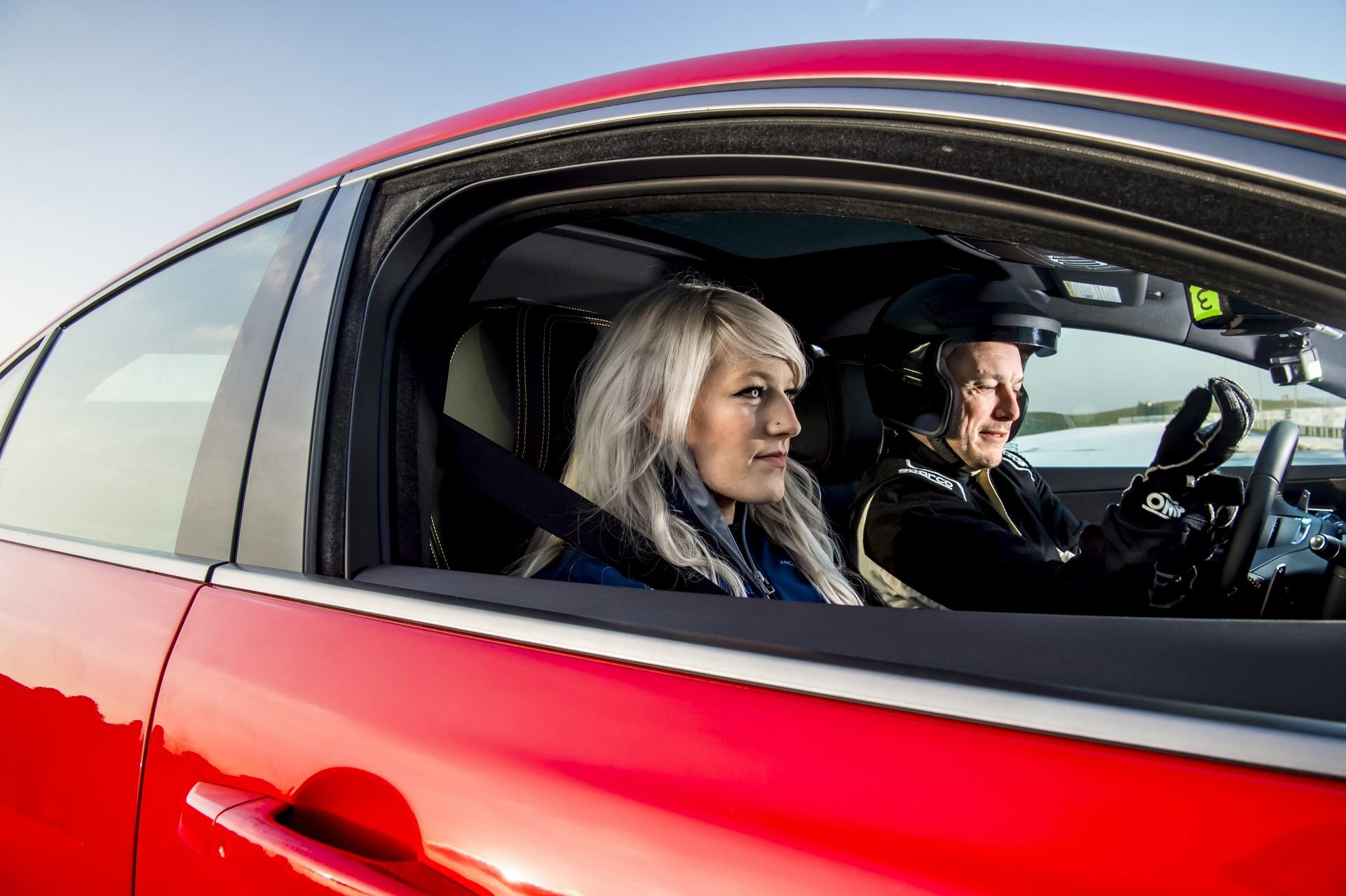 Jaguar XE and XF 300 Sport 2019 (22)