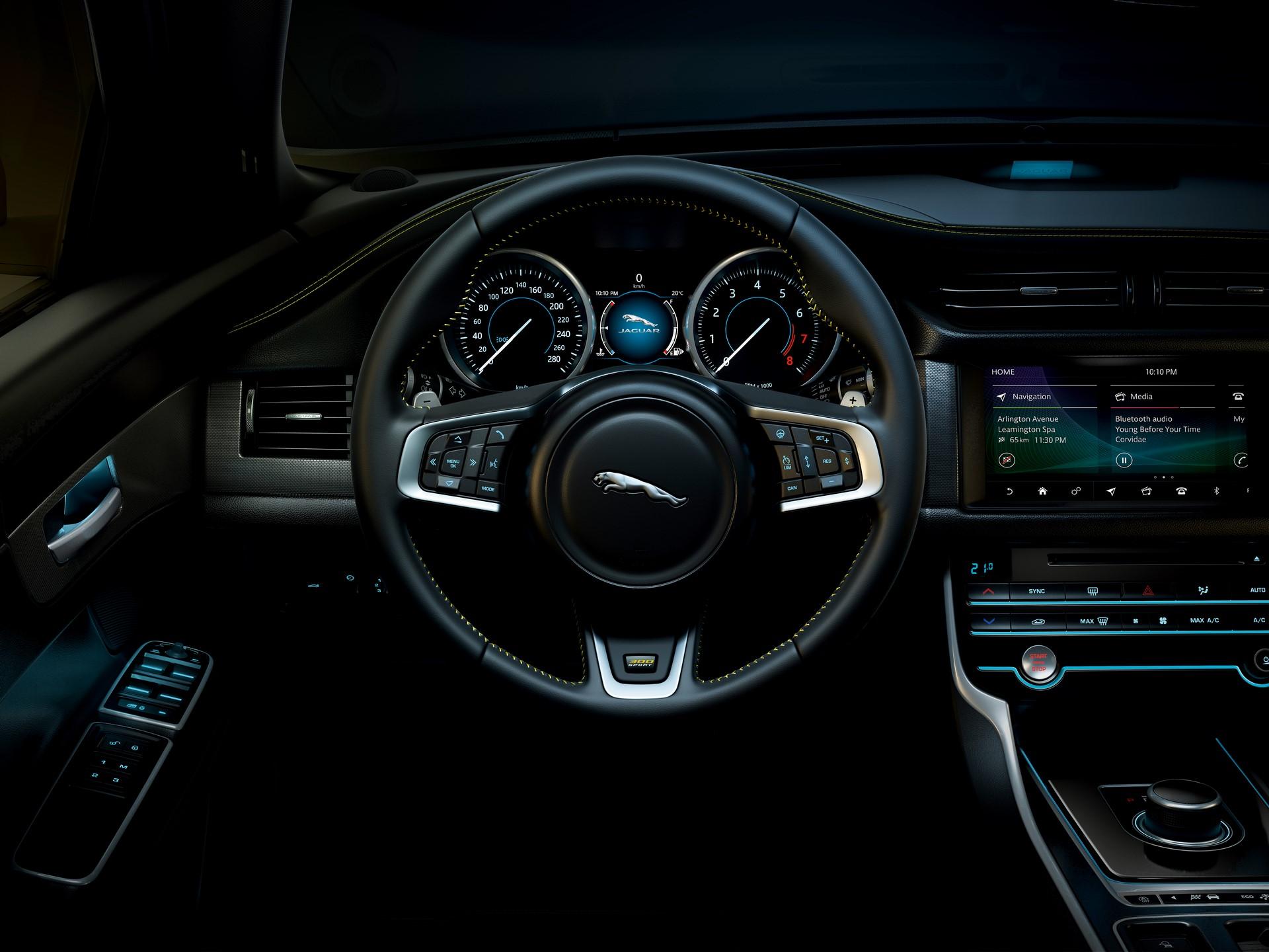 Jaguar XE and XF 300 Sport 2019 (36)