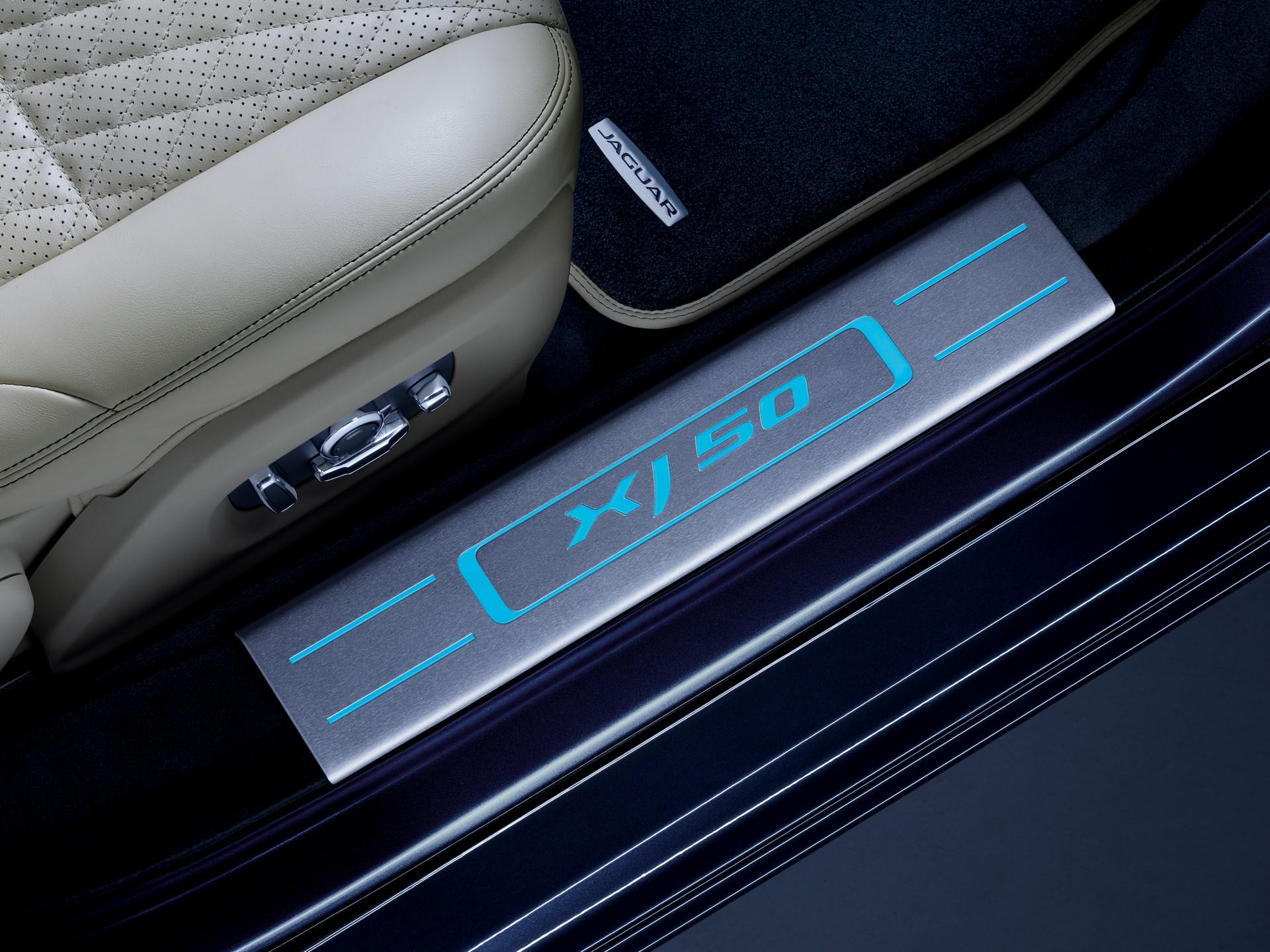 Jaguar XJ50 (12)