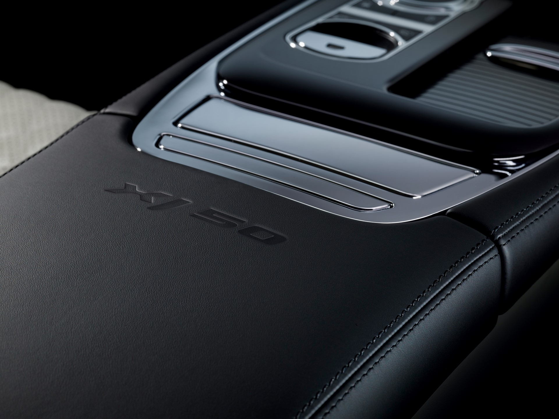 Jaguar XJ50 (16)