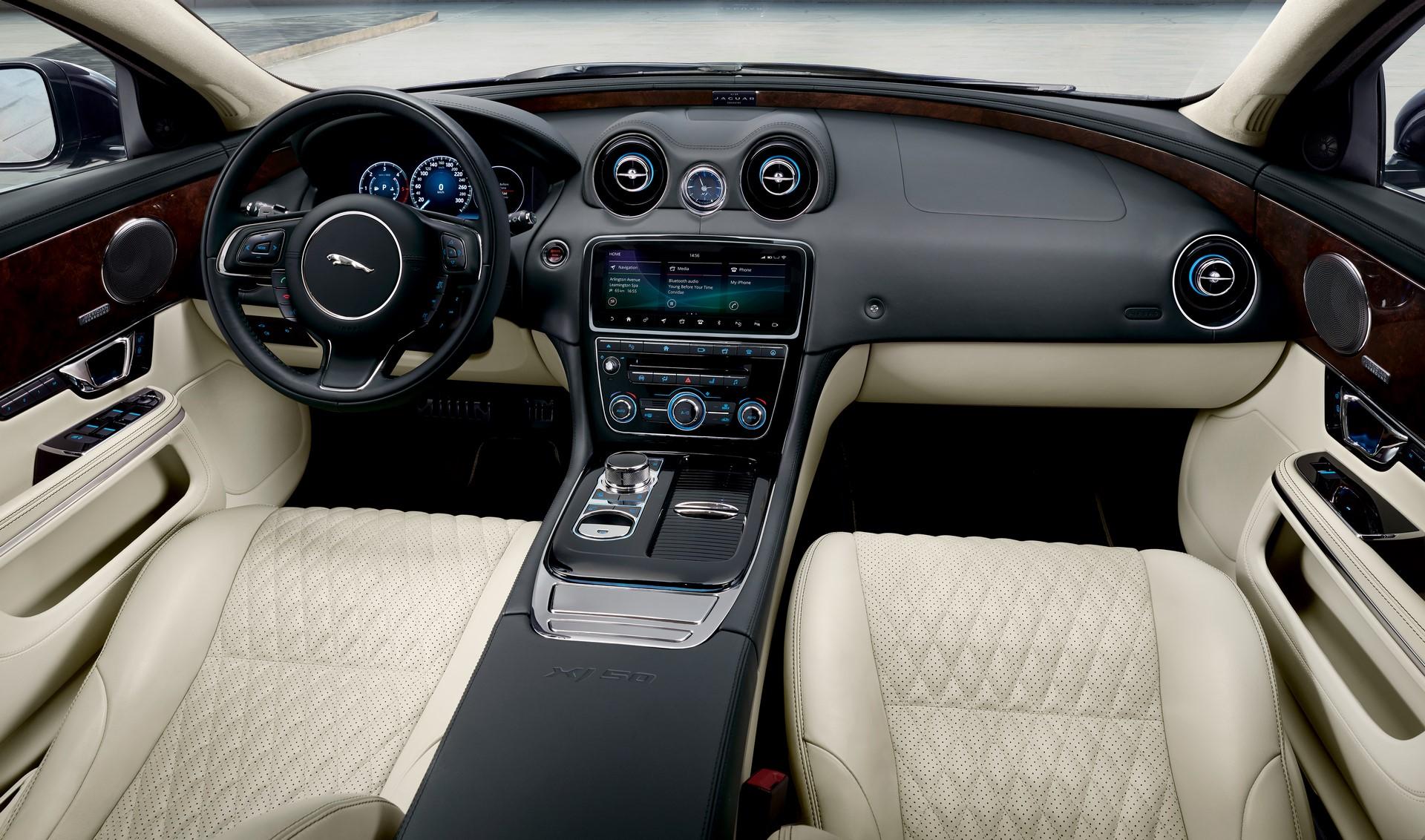 Jaguar XJ50 (9)