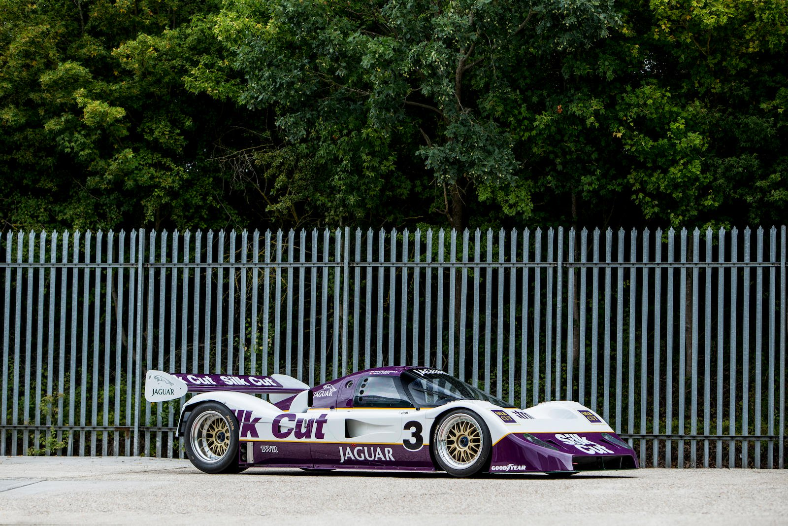 Jaguar XJR-11 in auction (1)
