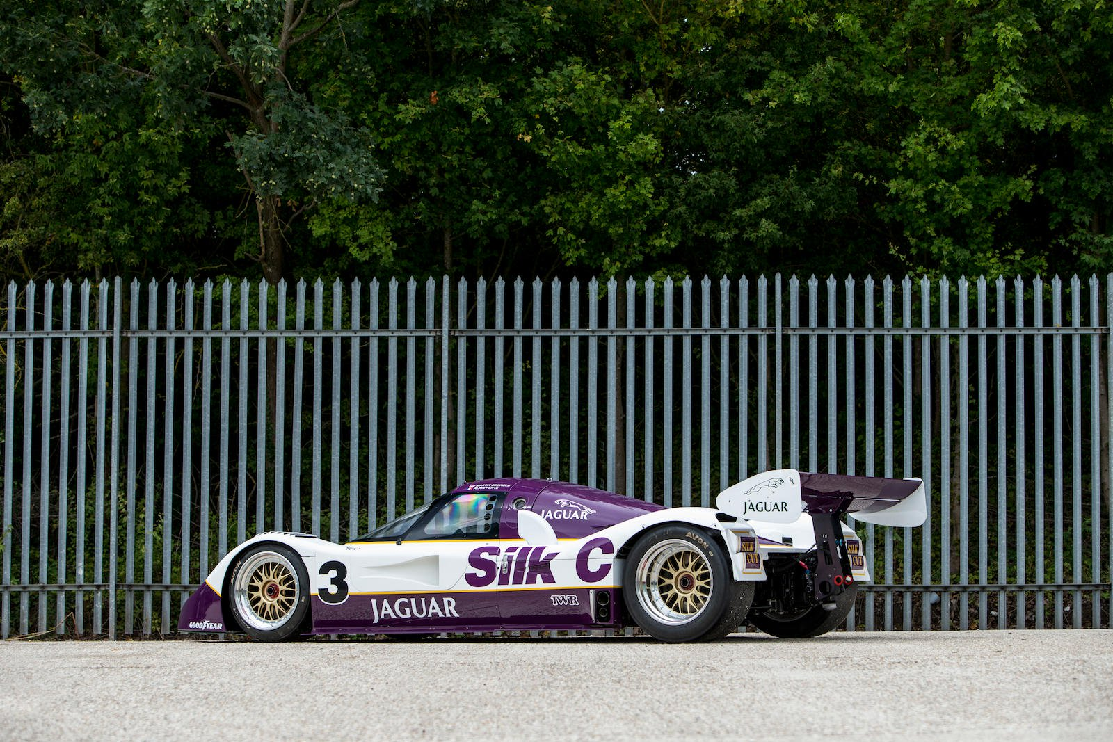 Jaguar XJR-11 in auction (2)