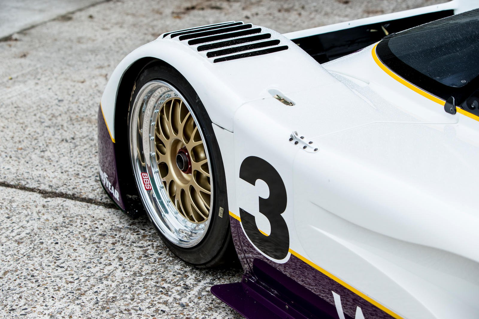 Jaguar XJR-11 in auction (6)
