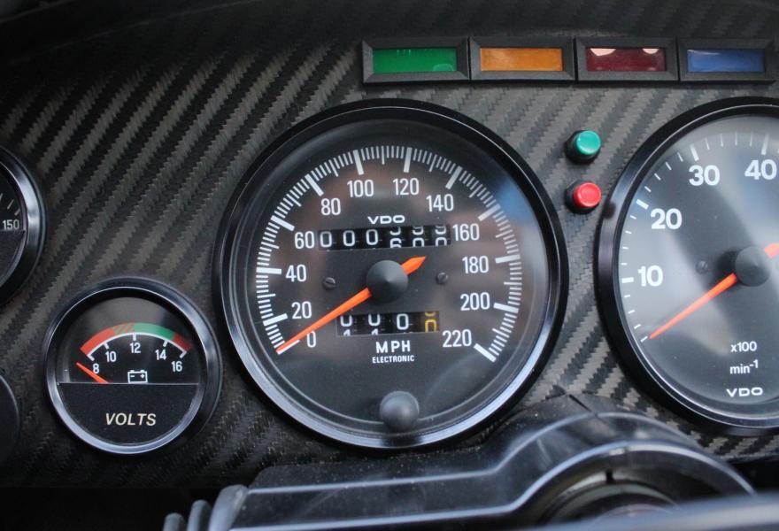 Jaguar XJR-15 RHD for sale (27)