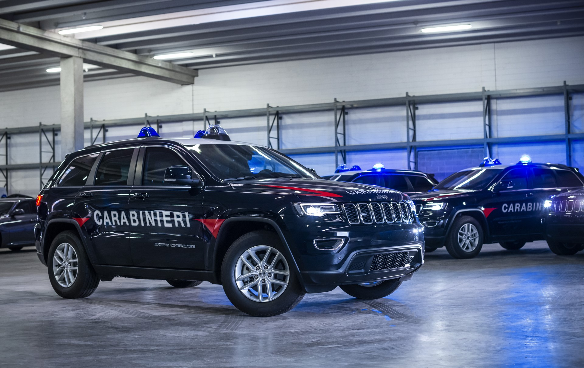 Jeep Grand Cherokee Carabinieri (11)