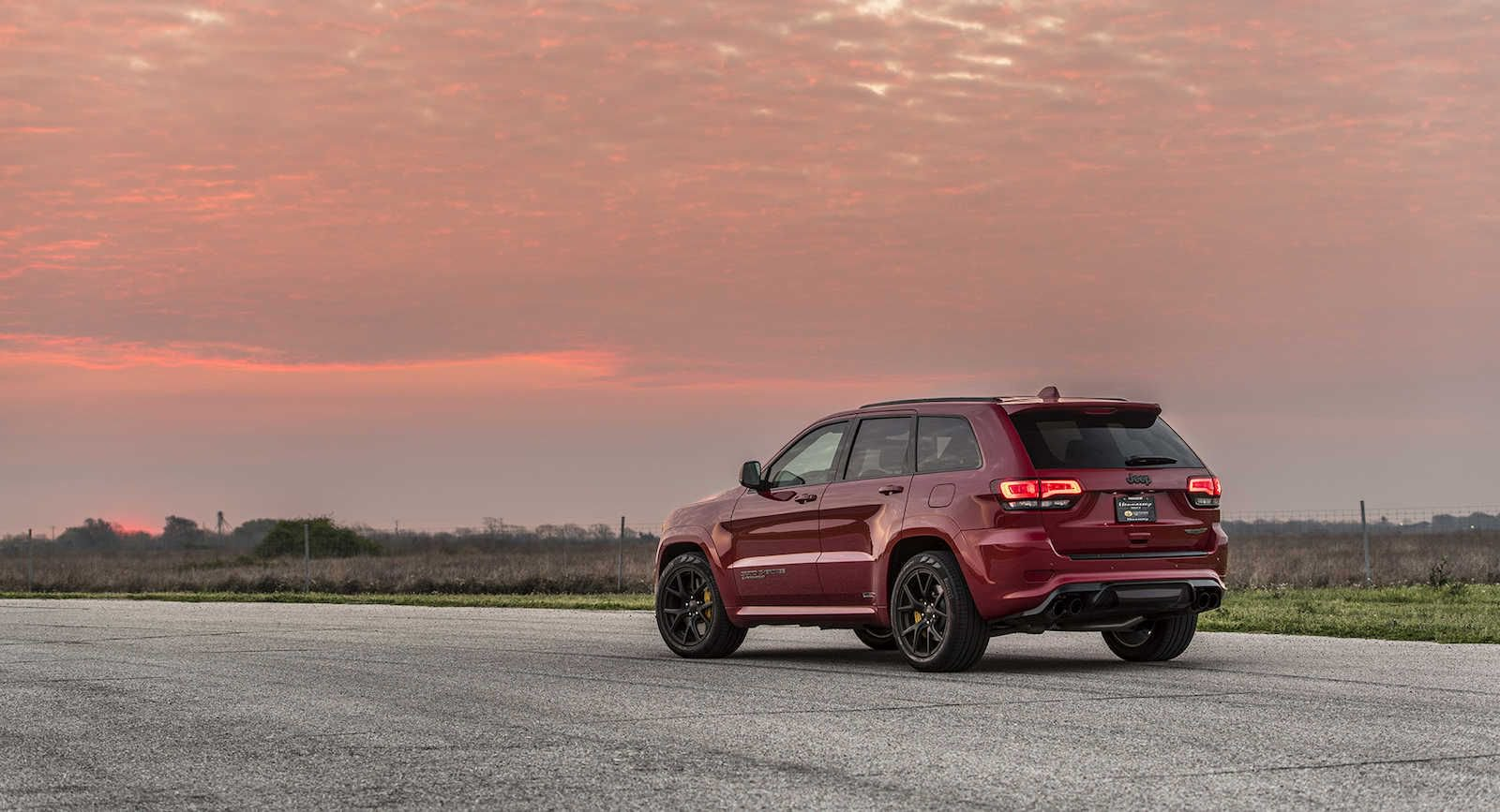 Jeep_Grand_Cherokee+Trackhawk_by_Hennessey_0002