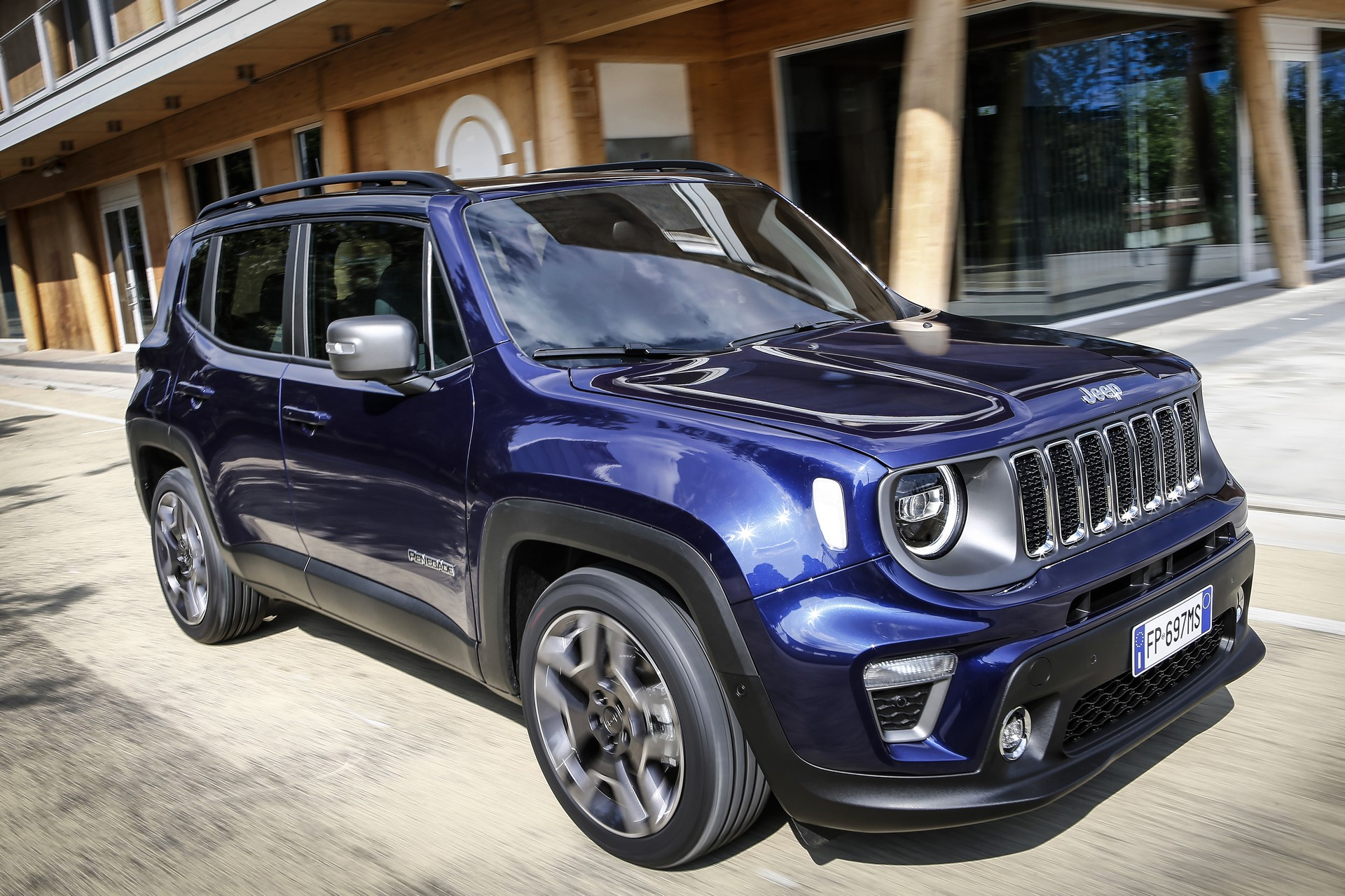 Jeep Renegade facelift 2019 (13)