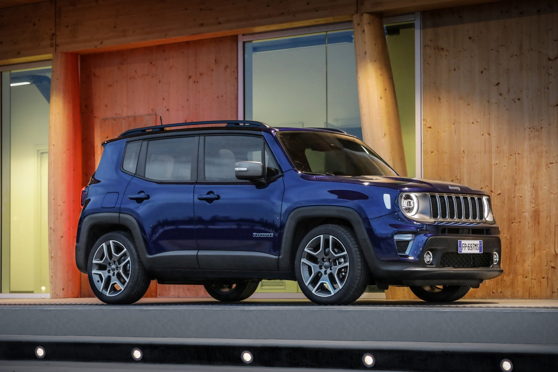 Jeep Renegade facelift 2019 (17)