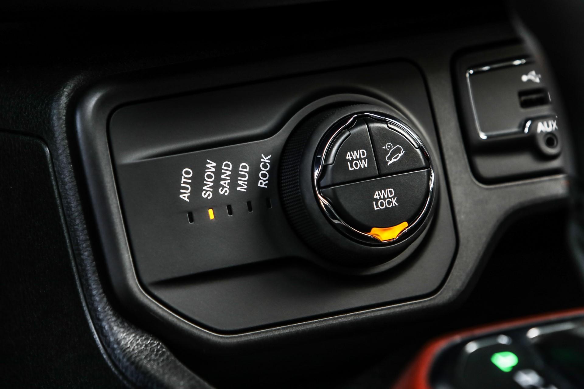 Jeep Renegade facelift 2019 (68)