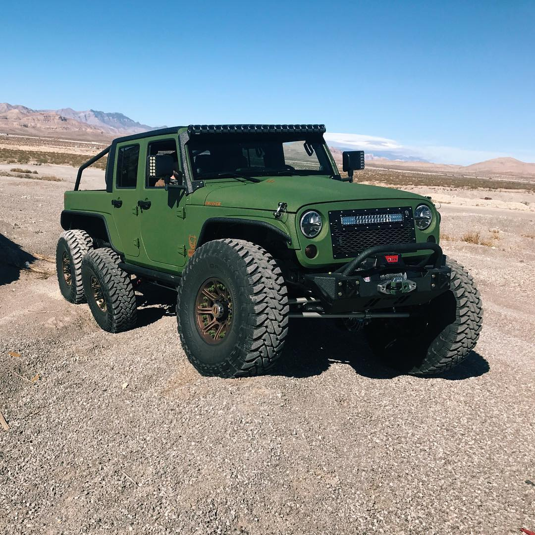 Jeep Wrangler 6x6 by Bruiser Conversions (7)