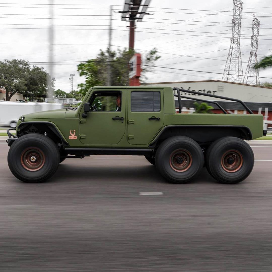 Jeep Wrangler 6x6 by Bruiser Conversions (9)