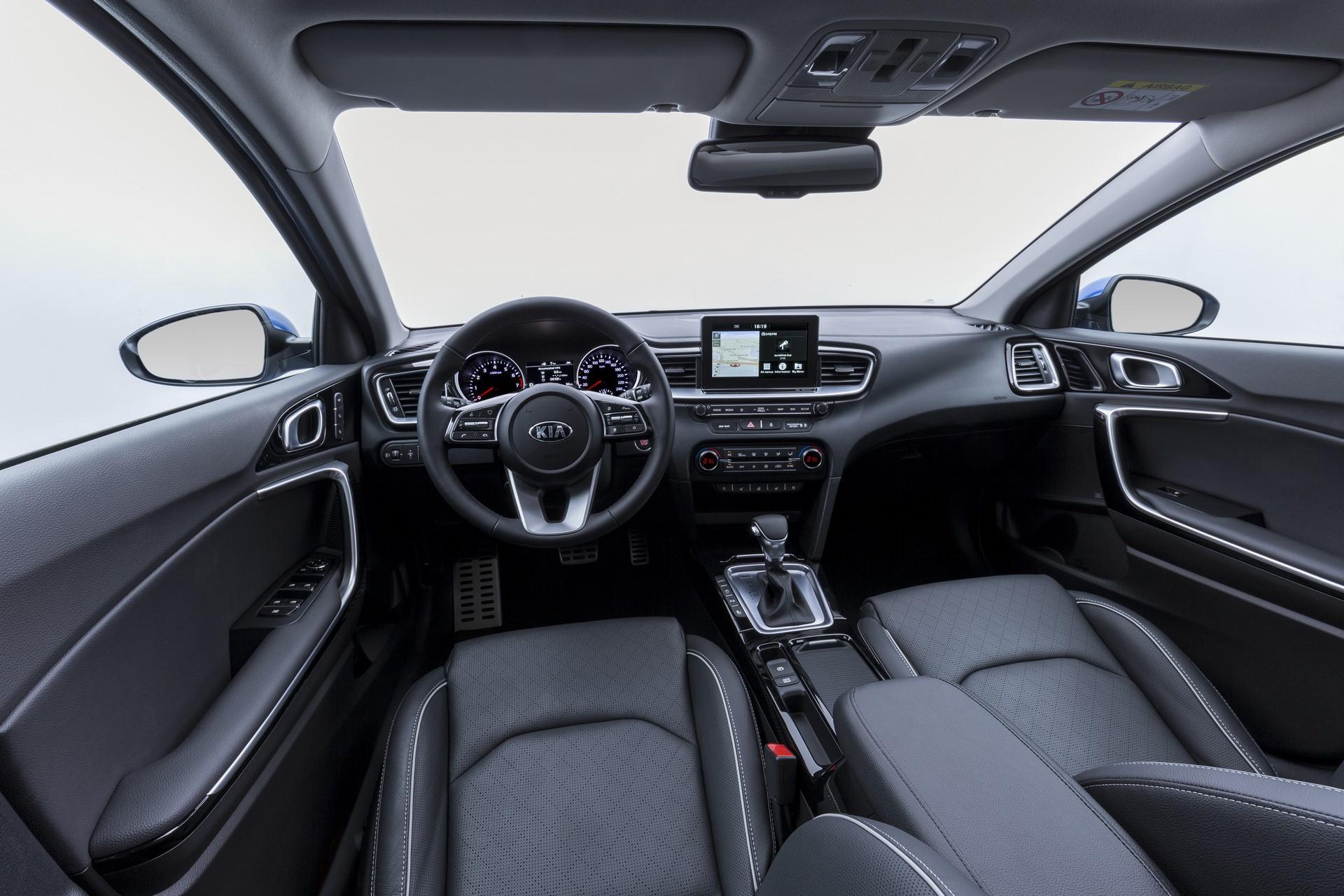 Kia Ceed 2018 (102)