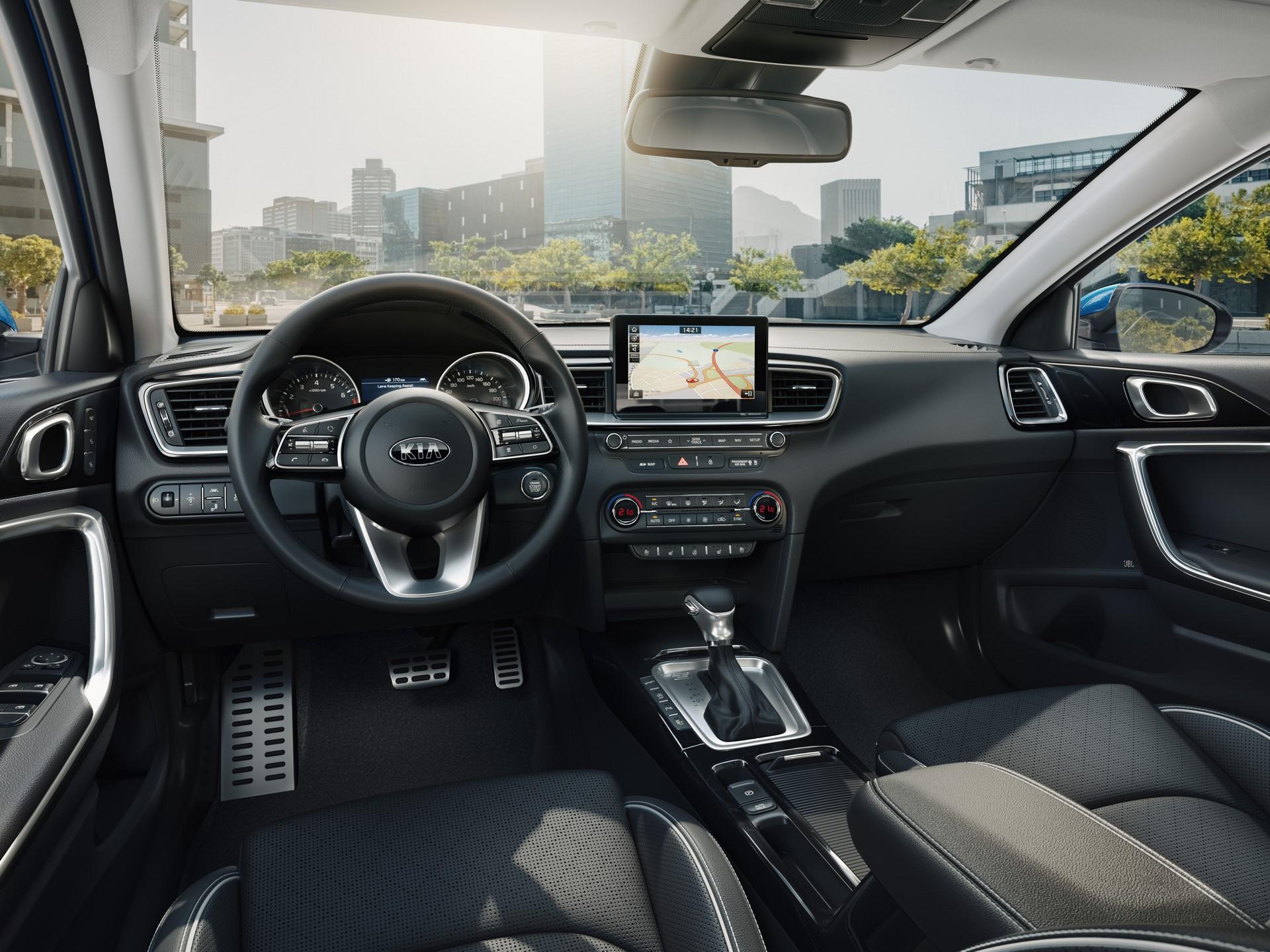 Kia Ceed 2018 (114)