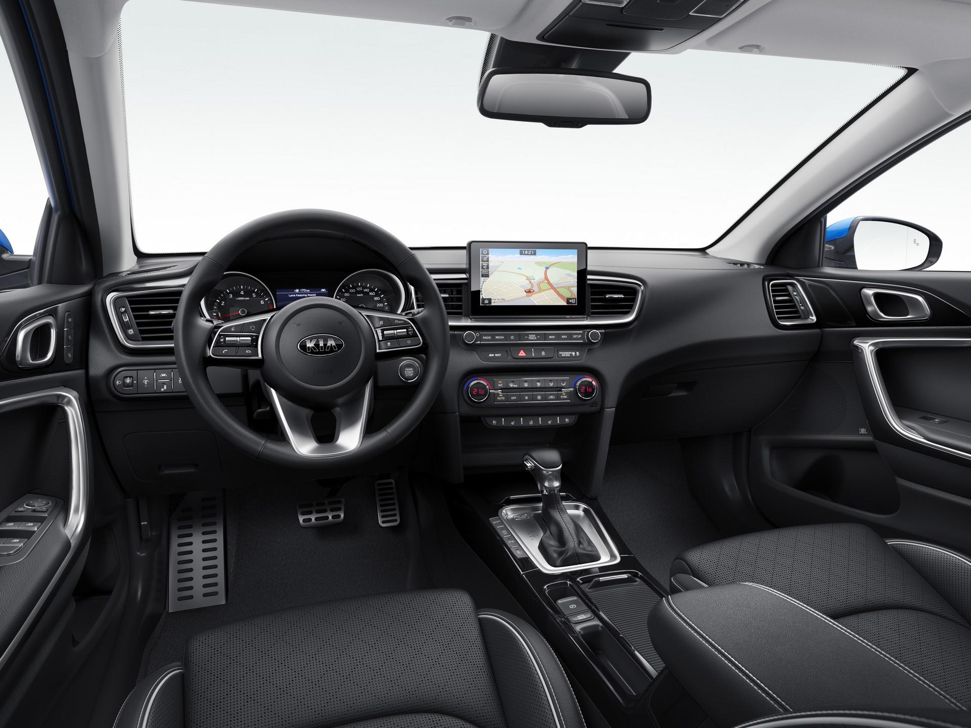 Kia Ceed 2018 (115)