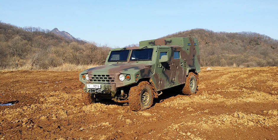 Kia Light Tactical Vehicle (13)
