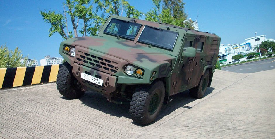 Kia Light Tactical Vehicle (6)