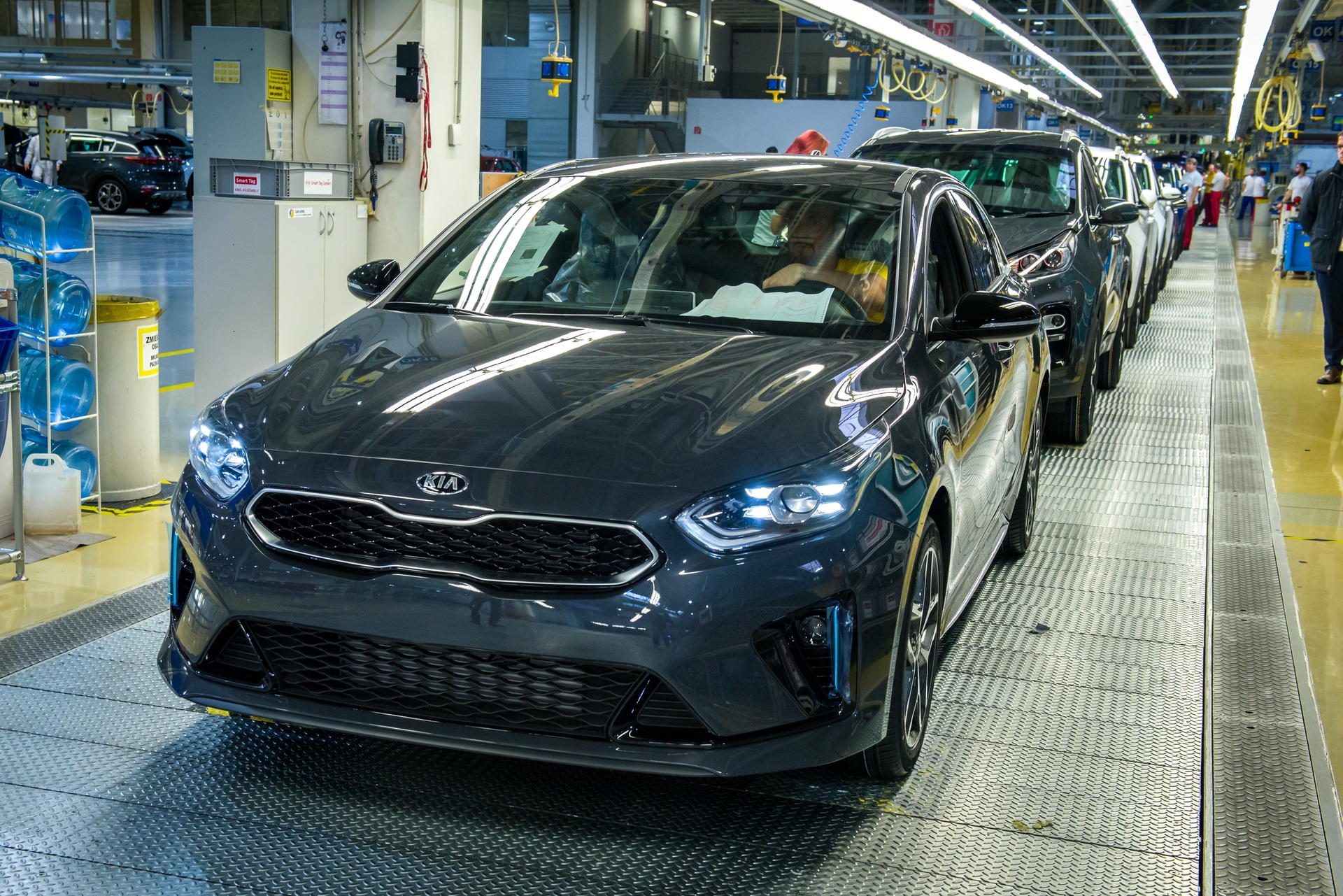 Kia_ProCeed_Production_0007