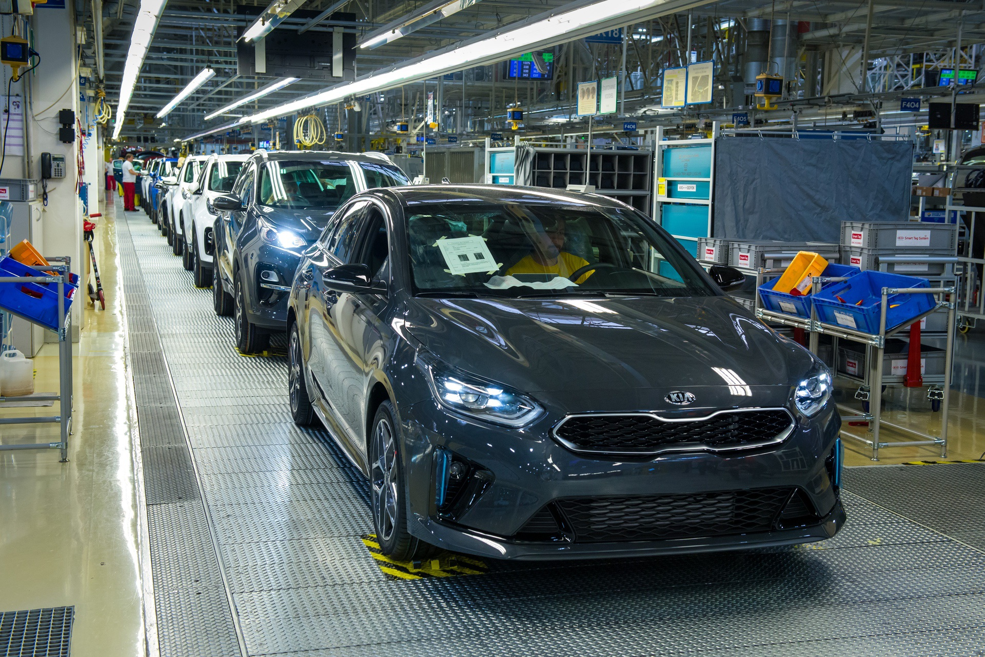 Kia_ProCeed_Production_0008