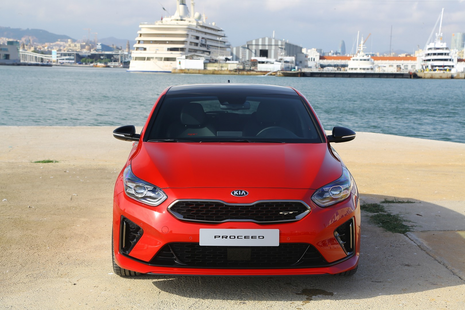 kia-proceed-gt-and-ceed-gt-star-in-fresh-real-life-photos_6