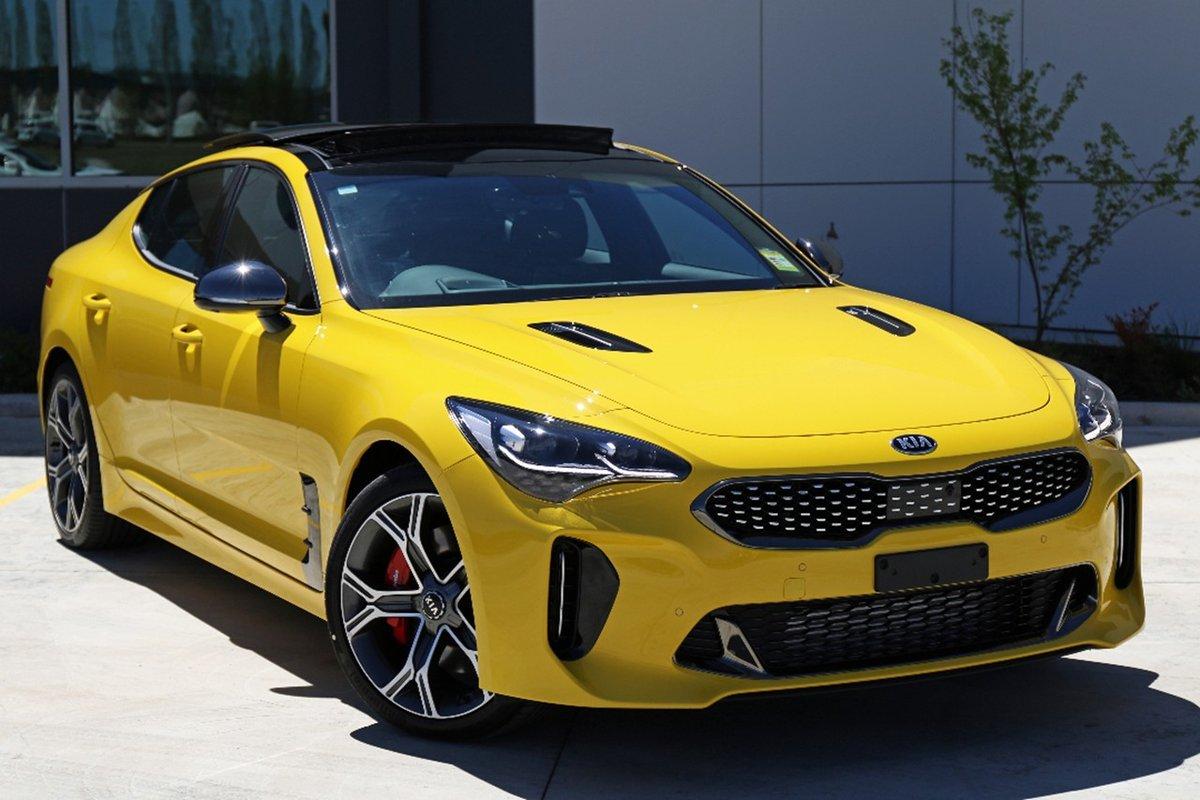 Kia-Stinger-Sunset-Yellow-1