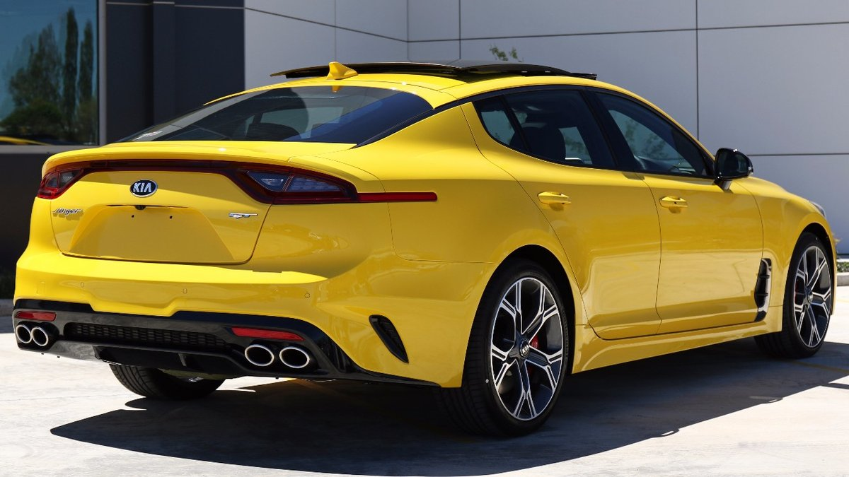 Kia-Stinger-Sunset-Yellow-13