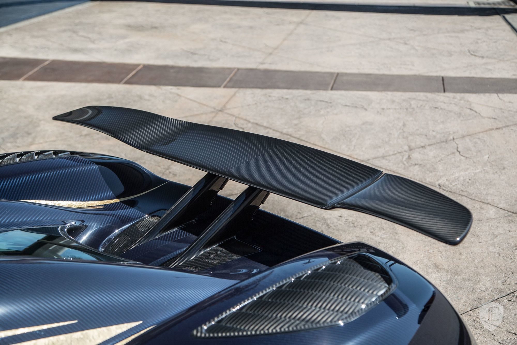 Koenigsegg_Agera_R_for_sale_0000