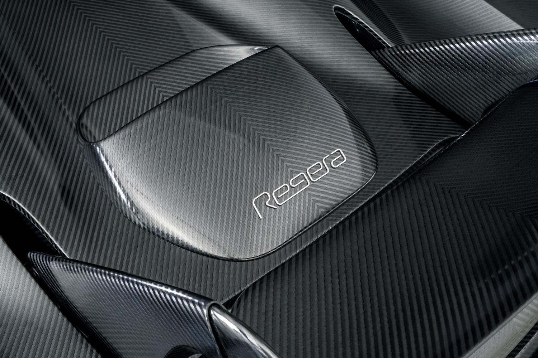 Koenigsegg_Naked_Carbon_Regera_0002