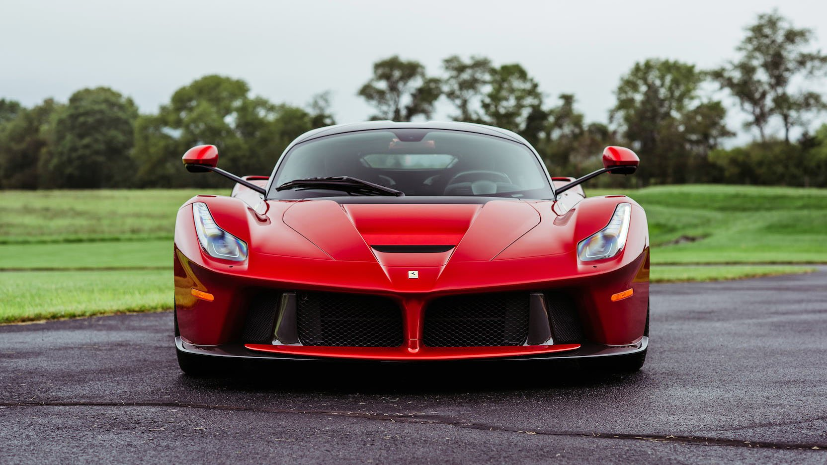 LaFerrari and LaFerrari Aperta in auction (10)