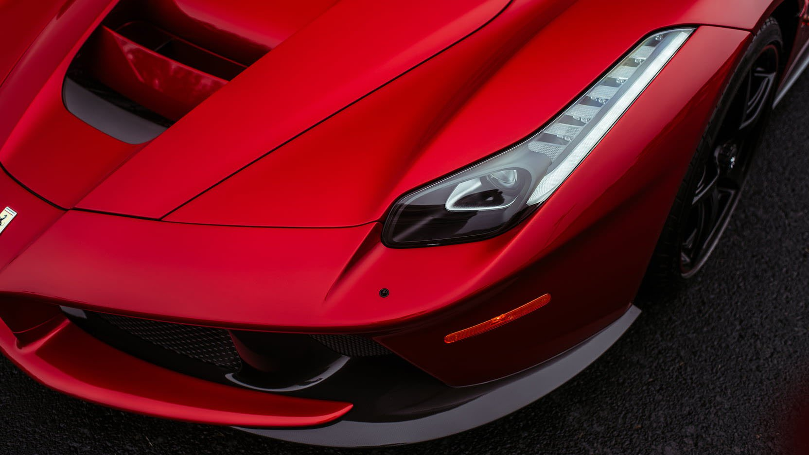 LaFerrari and LaFerrari Aperta in auction (15)