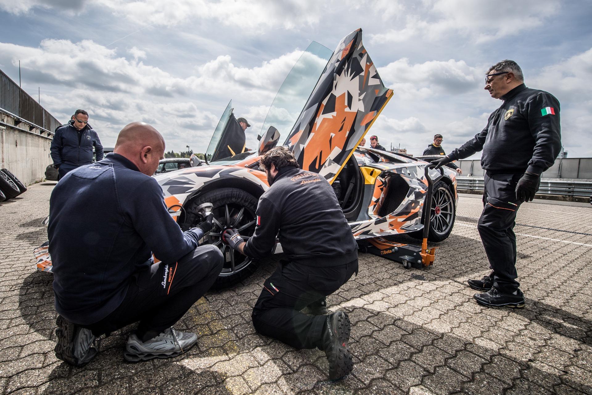 Lamborghini_Aventador_SVJ_Nurburgring_0002