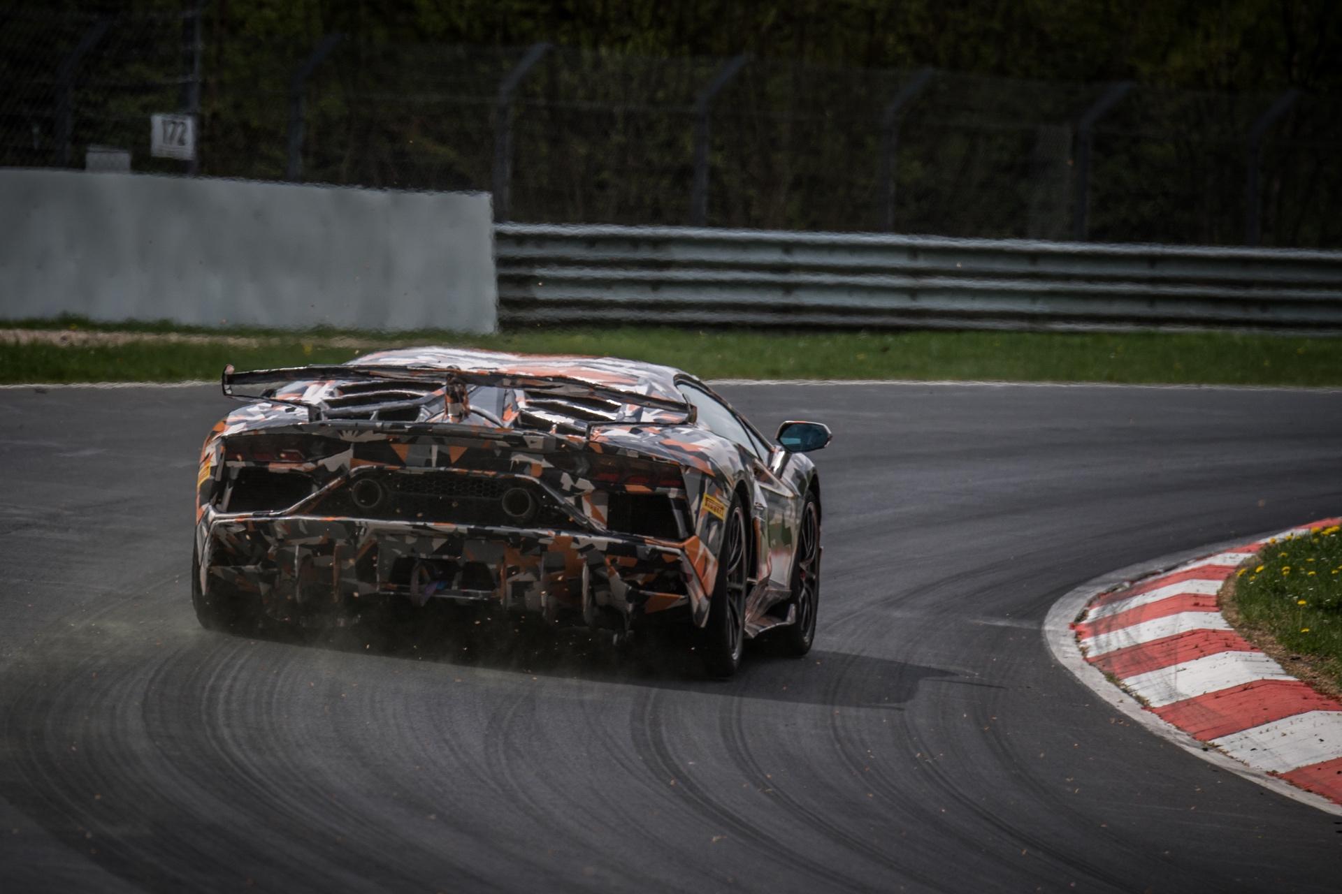 Lamborghini_Aventador_SVJ_Nurburgring_0004