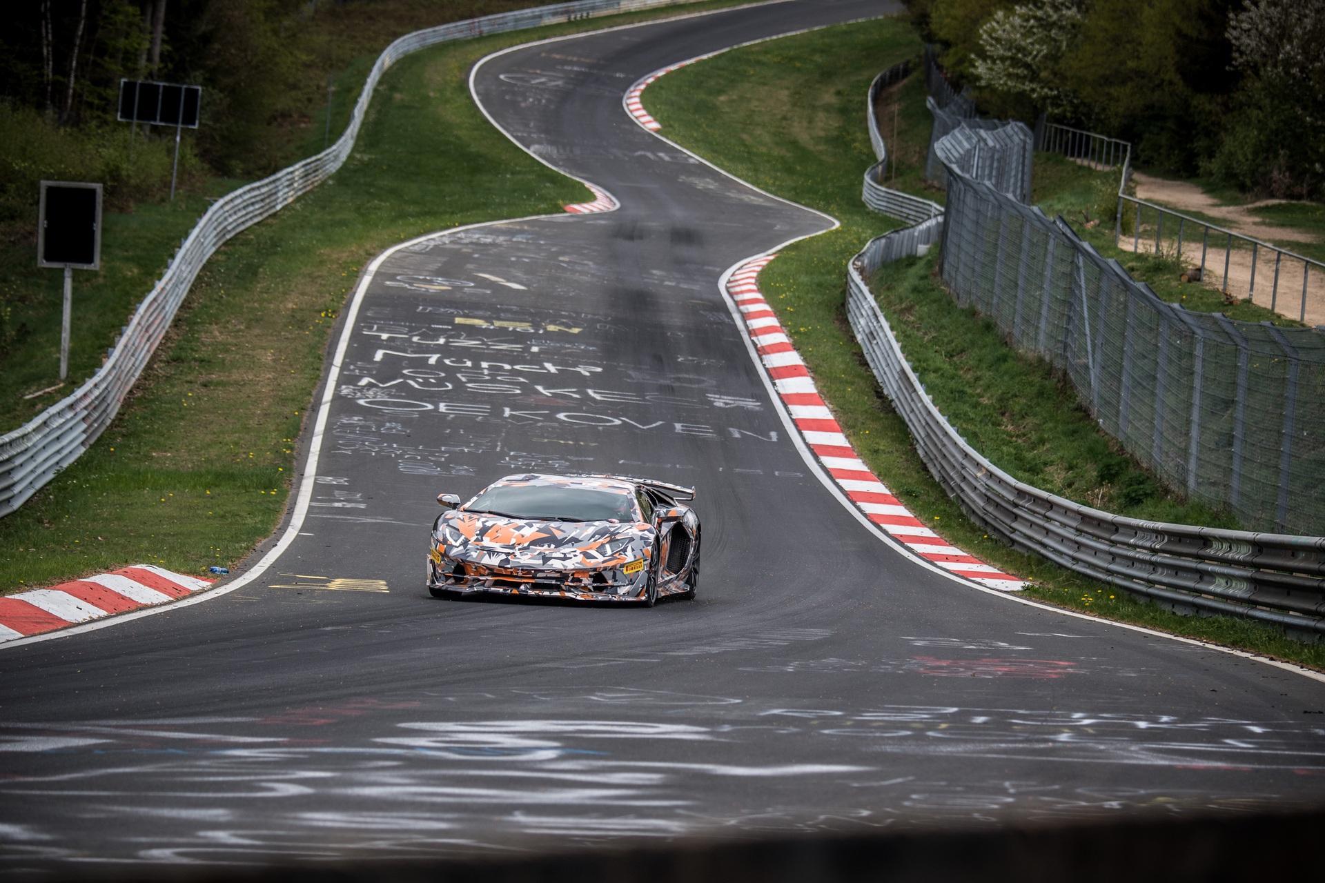 Lamborghini_Aventador_SVJ_Nurburgring_0006