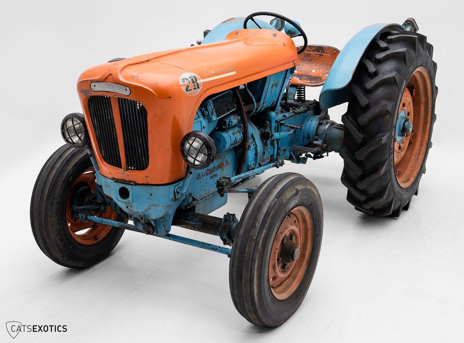 Lamborghini 2R tractor 1964 barnfind for sale (1)