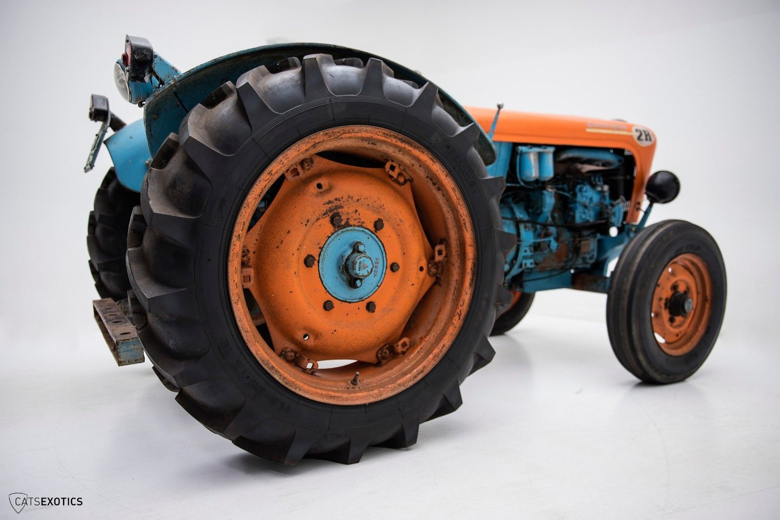 Lamborghini 2R tractor 1964 barnfind for sale (10)