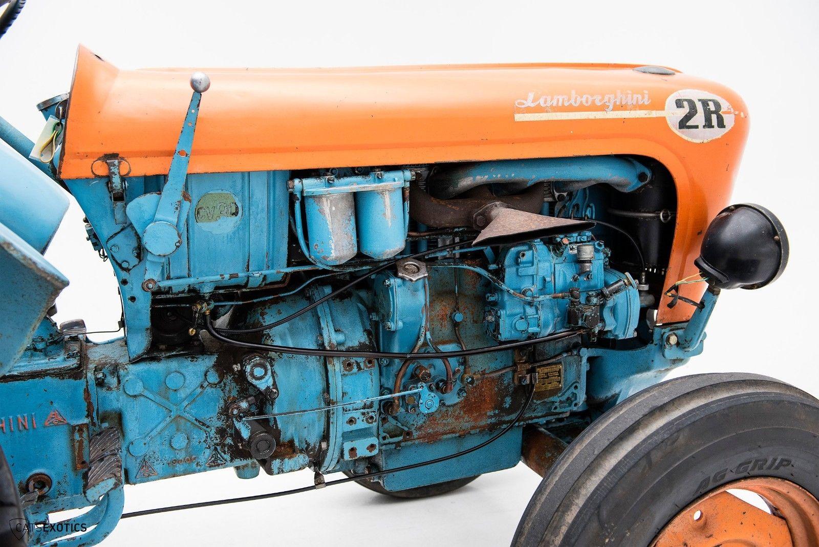 Lamborghini 2R tractor 1964 barnfind for sale (14)