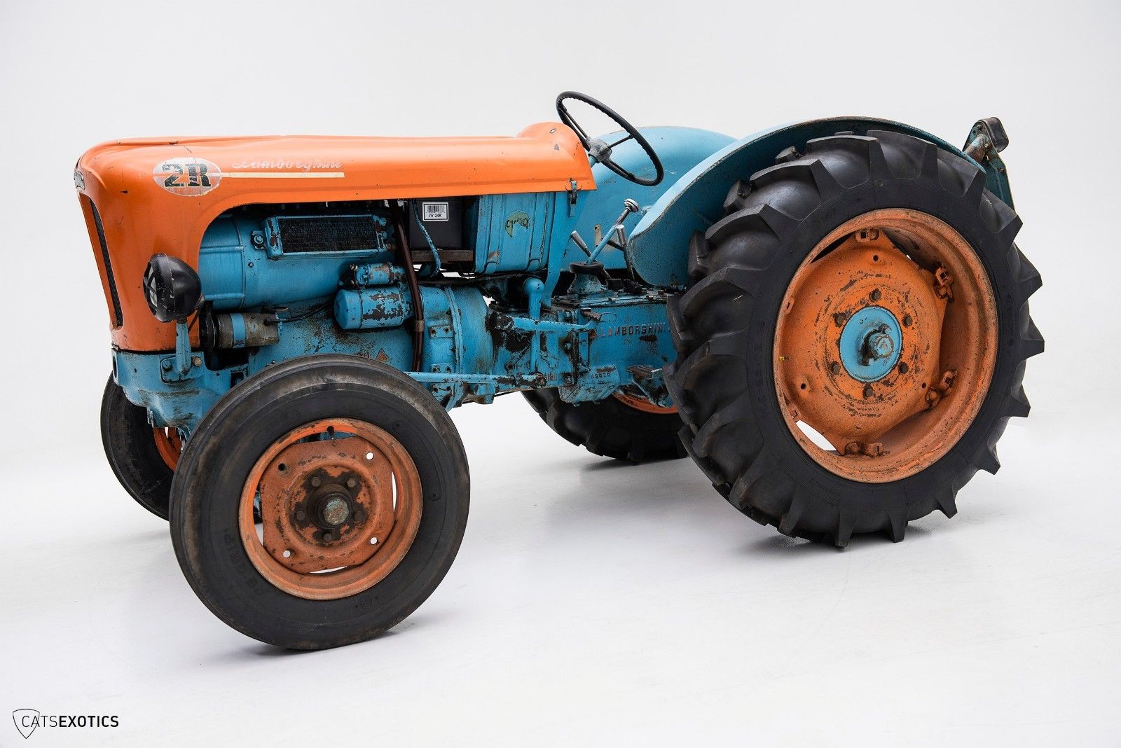 Lamborghini 2R tractor 1964 barnfind for sale (2)