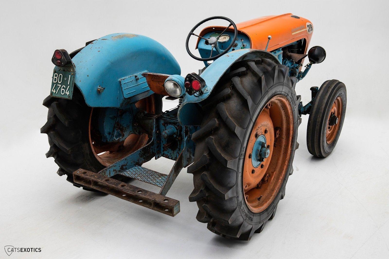 Lamborghini 2R tractor 1964 barnfind for sale (3)