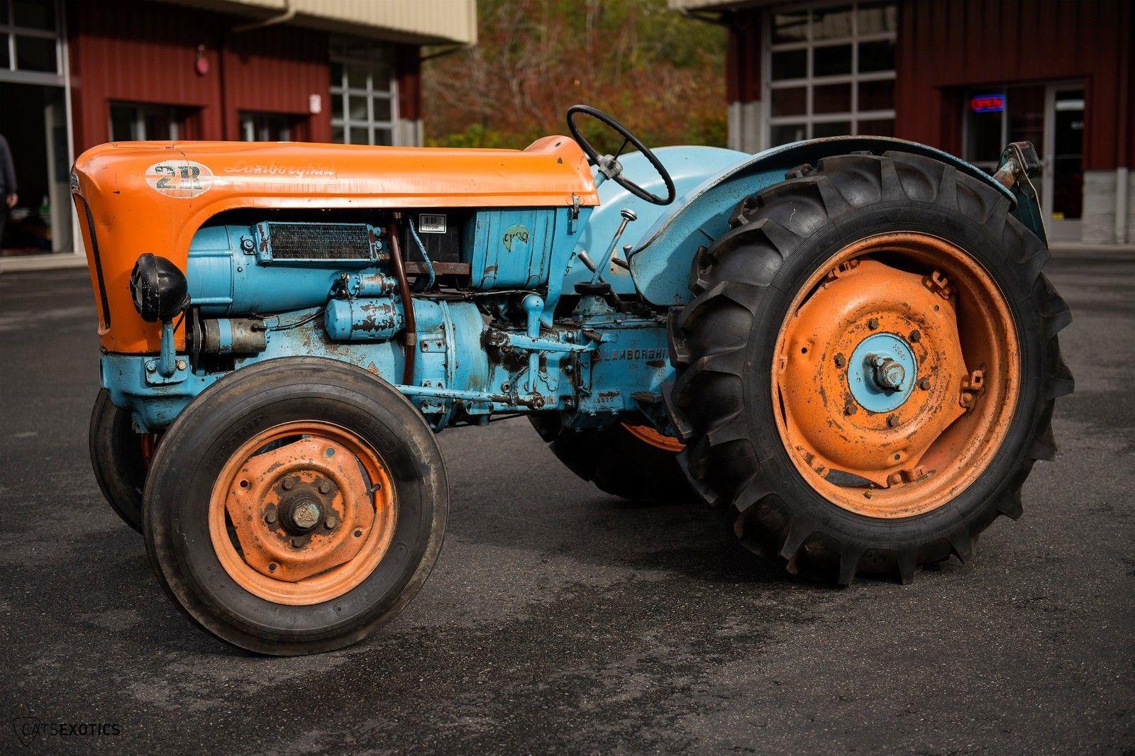 Lamborghini 2R tractor 1964 barnfind for sale (6)